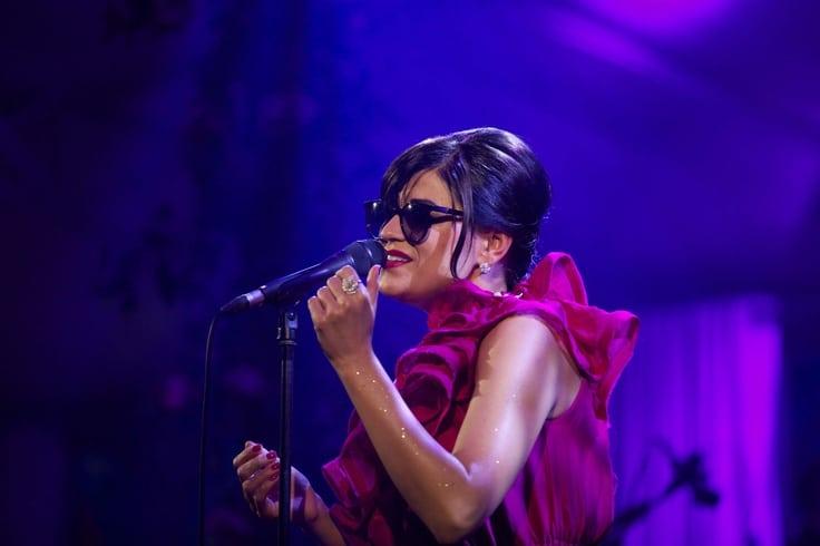 Melody GARDOT  . Piaget Rose Day. Concert Melody Gardot. Tuileries. 06/2013 © david atlan