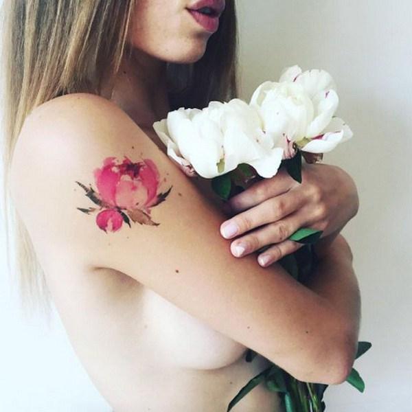 fleurs tatouage idée