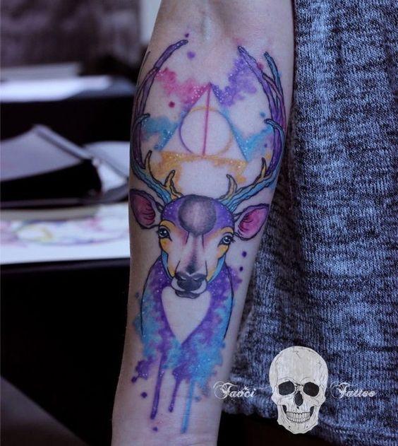 tatouage peau effet aquarelle